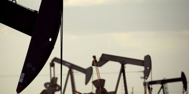 Petrol aylık kaybın ardından sakinleşti