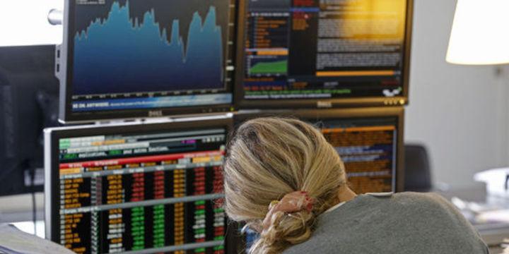 """Piyasalar """"petrol""""deki sert düşüşten endişeli"""
