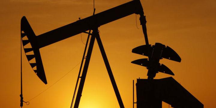Petrol 4 aydaki en iyi haftalık yükselişe ilerliyor
