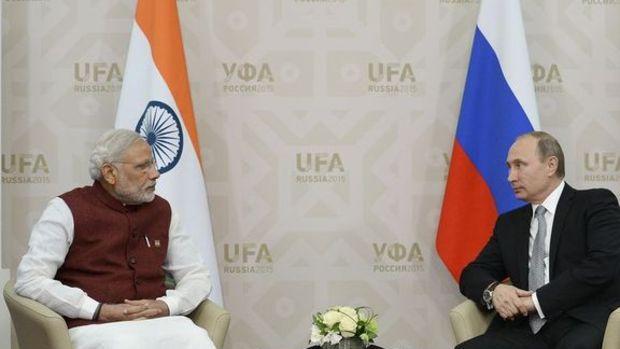 Rusya'dan Hindistan'a yıllık 10 milyon ton petrol
