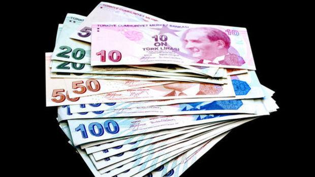 Emekliye 100 lira zam tasarısı kabul edildi