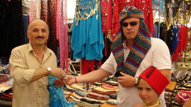 Turistler Antalya'da konakladı, İstanbul'da harcadı