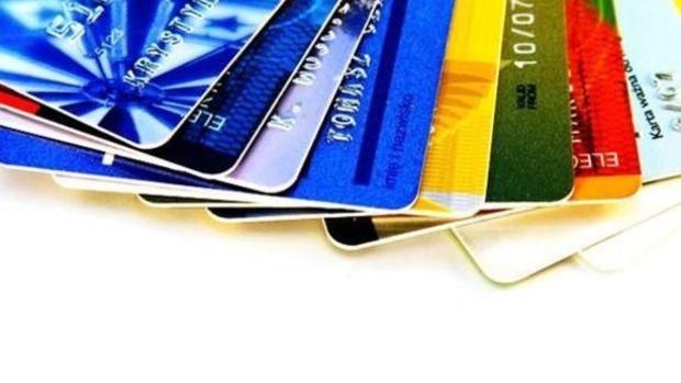 Aidatsız kredi kartı çıkarmayan bankalar 5.8 milyon TL ceza ödeyecek