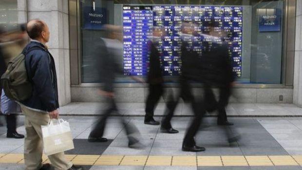 Gelişen piyasa hisseleri ve para birimleri Çin ile düştü
