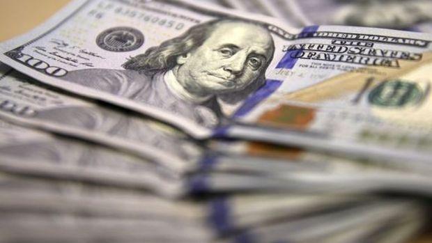 Yurtiçinde sert satışlar: Dolar 2.97'yi test etti