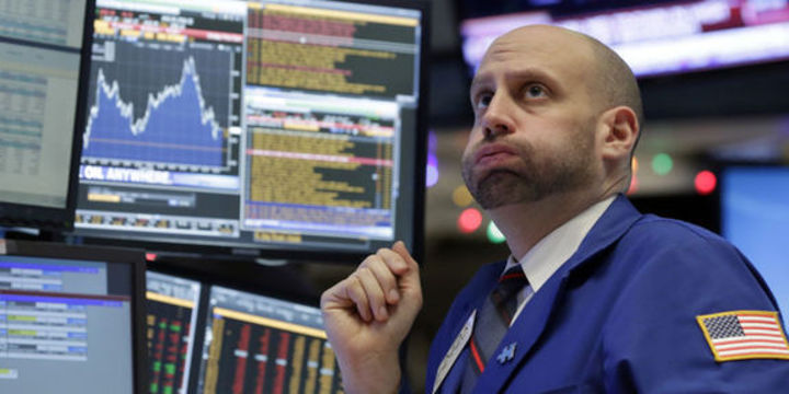 """Piyasalar """"Çin"""" sarsıntısı ile sert düştü"""