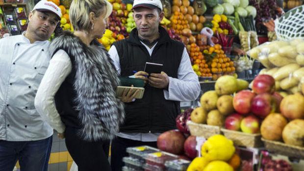 Gıda fiyatları Türkiye'de yükselirken dünyada düşüyor