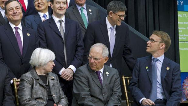 Ekonomistler negatif faiz hakkında ne düşünüyor?
