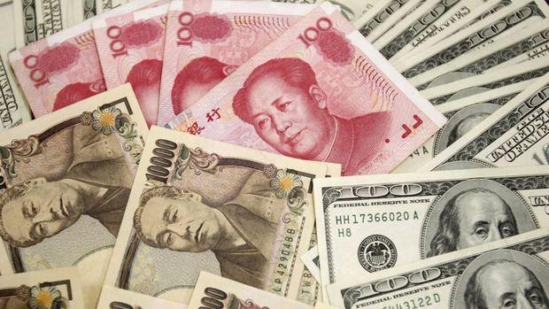 """Yen """"güvenli liman"""" talebiyle yükseldi"""