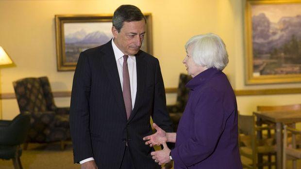 Fed politikasını AMB ve BoJ'nin hamleleri belirleyecek