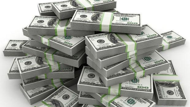 """Dolar """"Fed"""" ile 4 ayın en iyi haftasına yöneldi"""