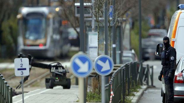 Brüksel'de polis baskını sırasında bomba sesleri duyuldu