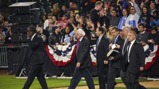 ABD'de başkanlık yarışı son hız sürüyor