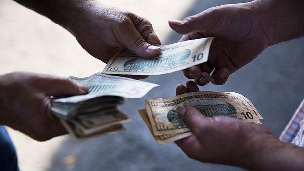 ABD'de kişisel gelirler beklentinin üstünde arttı