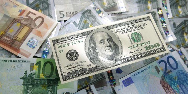 Yatırımcılar doların yönü için tarihi rallilere bakıyor