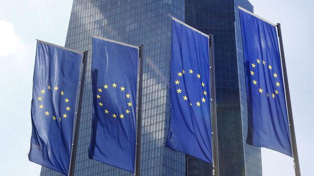 Euro Bölgesi'nde hizmet PMI Mart'ta 53.1 oldu
