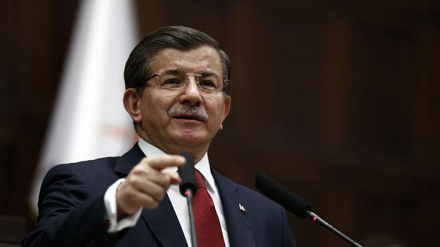 Davutoğlu: Kur, faiz ve enflasyon aşağı yönlü trend içine girecek