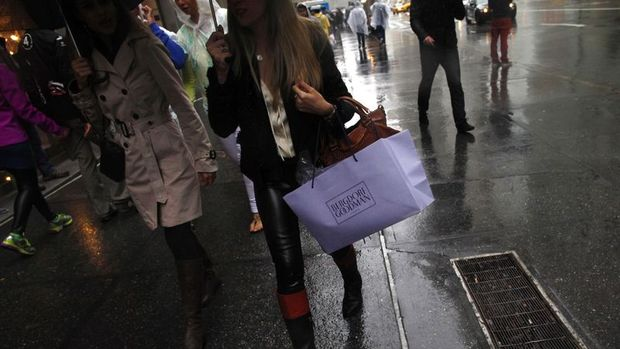 Euro Bölgesi'nde perakende satışlar beklentiden iyi