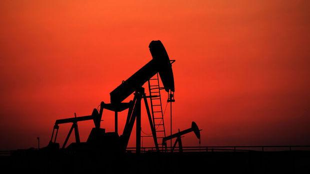 Kuveyt: İran olmadan da petrol üretimi dondurulabilir