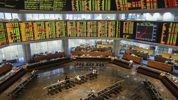 """Gelişen piyasa hisseleri """"güçlü dolar"""" beklentisiyle düştü"""