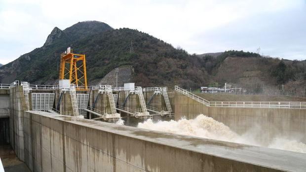 Üç hidroelektrik santrali özelleştirildi