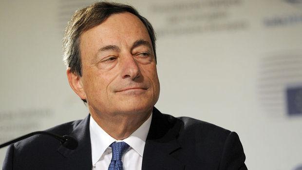 Draghi:2016 kolay olmayacak, küresel ekonomide belirsizlikler var