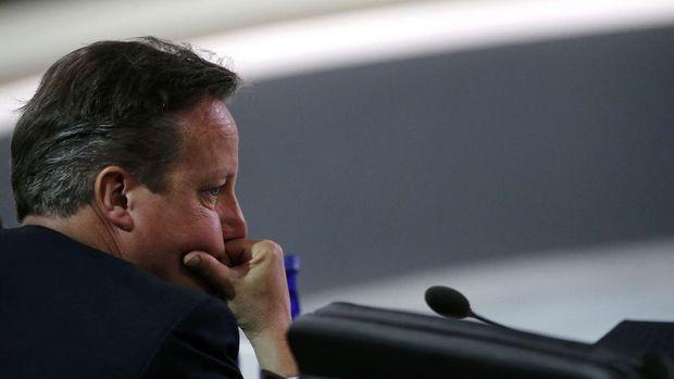 Cameron'a istifa çağrıları yapılıyor