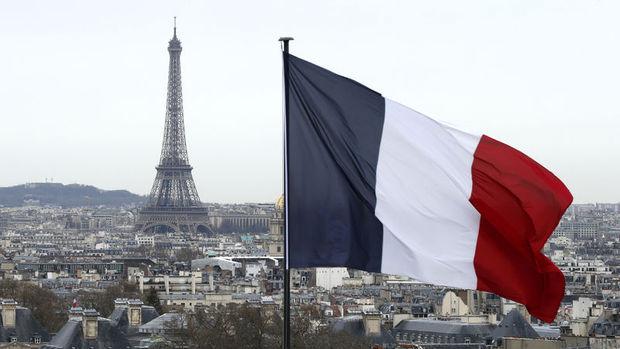 Fransa'ya gelen turist sayısı terörizme rağmen rekor kırdı