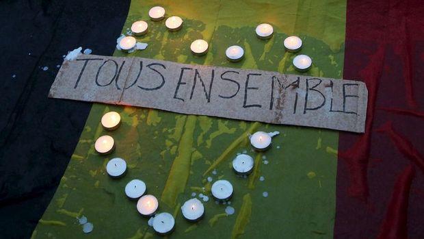 Belçika: Brüksel saldırganlarının ilk hedefi Paris'ti