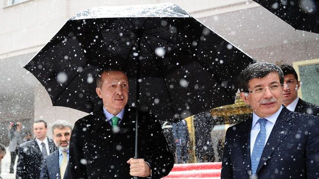 Cumhurbaşkanı Erdoğan, bugün Davutoğlu ile görüşecek