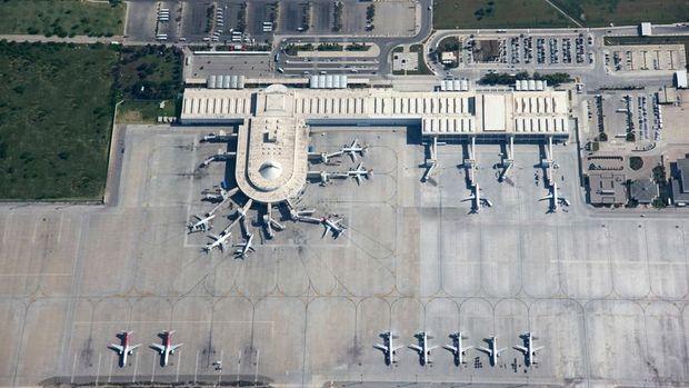 Fraport: Antalya Havalimanı yolcu sayısı yüzde 30 düştü