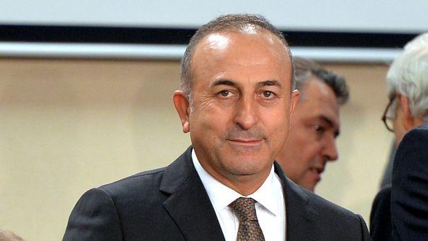 Çavuşoğlu:1 Haziran'dan itibaren pasaportlara parmak izi eklenecek