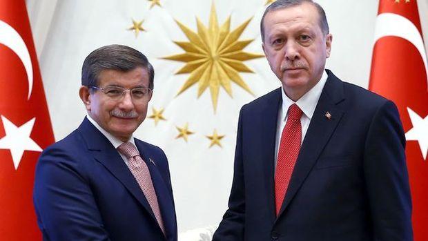 Davutoğlu'dan Erdoğan'a veda ziyareti