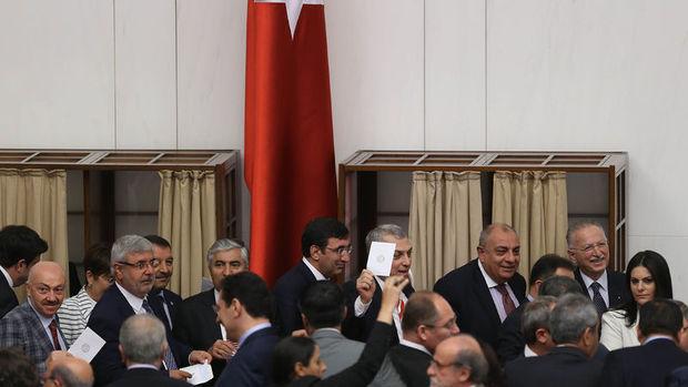 Dokunulmazlık dosyası bulunan milletvekillerine ait liste açıklandı
