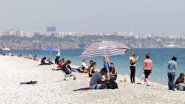 Antalya'ya turist gelmeyince krediler ödenemiyor