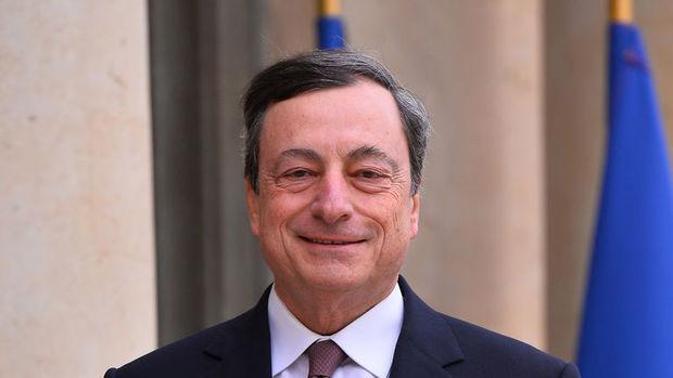Draghi Euro Bölgesi'nde sislerin dağılmasını bekliyor