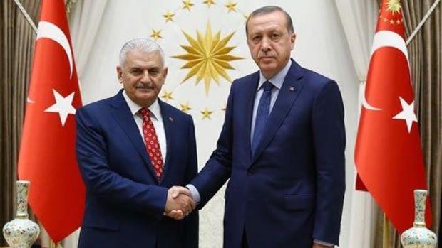 Yıldırım kabine listesini 10:00'da Erdoğan'a sunacak