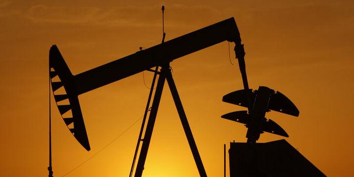 Petrol iki günlük sert yükselişin ardından geriledi
