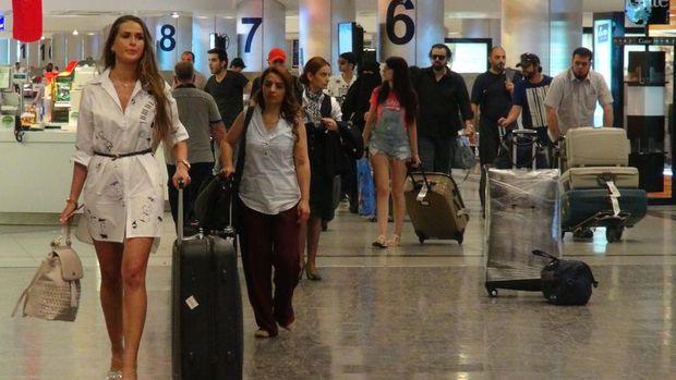 Rus turistler 8 ay sonra Türkiye'de
