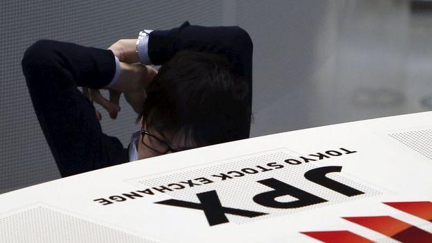 """Japonya hisseleri """"seçim galibiyeti"""" ve ABD istihdam verisi ardından sert yükseldi"""