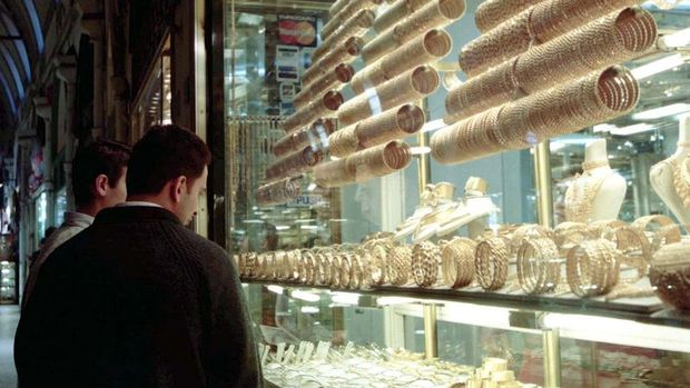 Altının gram fiyatı 127 liranın altına geriledi