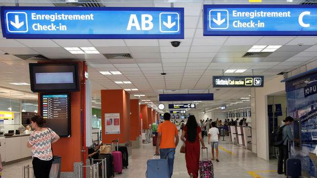 Nice'te havaalanı boşaltıldı