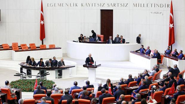 Meclis'te darbe girişimine ortak tepki