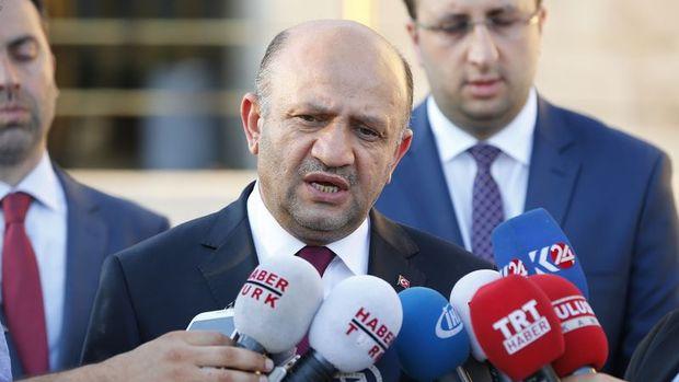 Milli Savunma Bakanı Işık: Darbe önlendi ama tehlike geçmedi