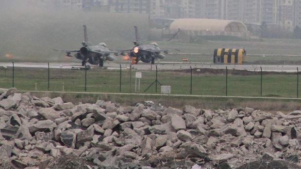 Diyarbakır'daki pilotların da aralarında bulunduğu 37 kişi tutuklandı