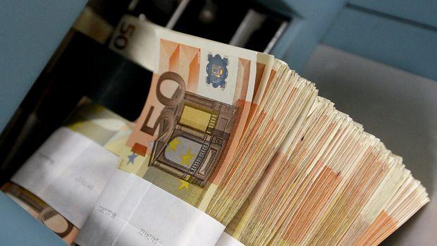 Euro traderlarından Draghi'ye: Para politikası çıkmaz sokağa girdi