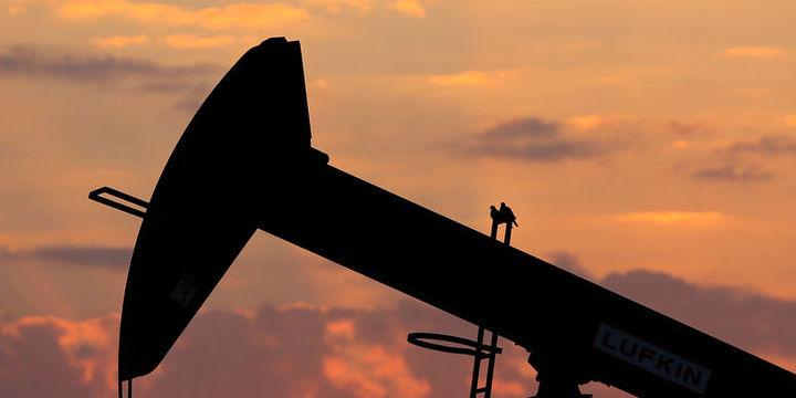 Petrol 40 dolar seviyesine düşerek ayı piyasasına girdi