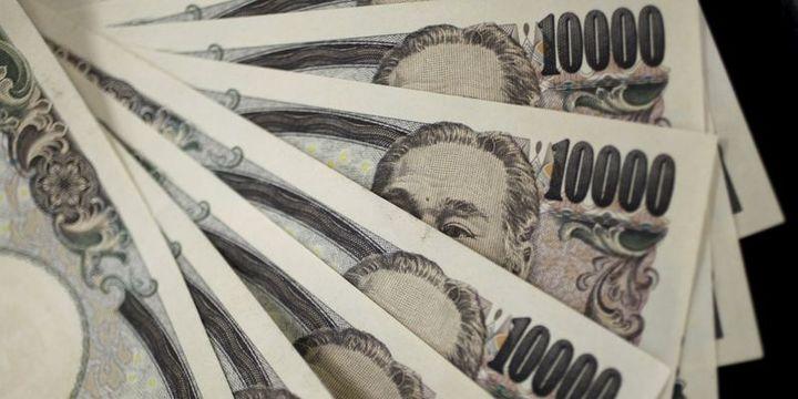 """Yen, """"teşvik paketi"""" ardından 3 haftanın zirvesine tırmandı"""