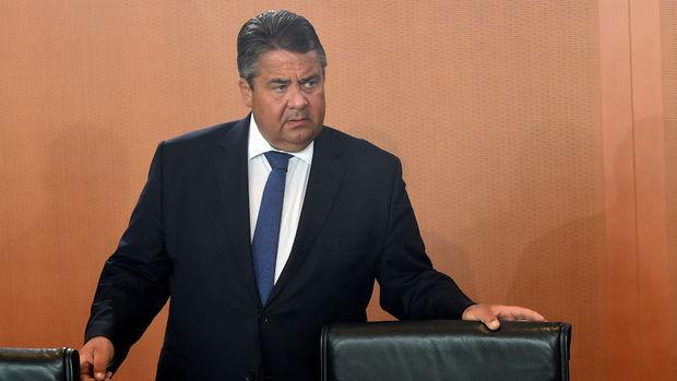 Almanya/Gabriel: Türkiye AB'ye 20 yıl daha üye olamaz