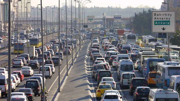 Trafiğe kayıtlı araç sayısı 20 milyon 500 bin oldu